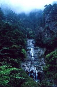 大杉谷峡谷 七ッ釜滝