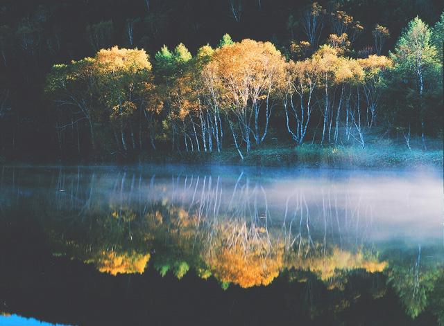 志賀高原の秋 木戸池